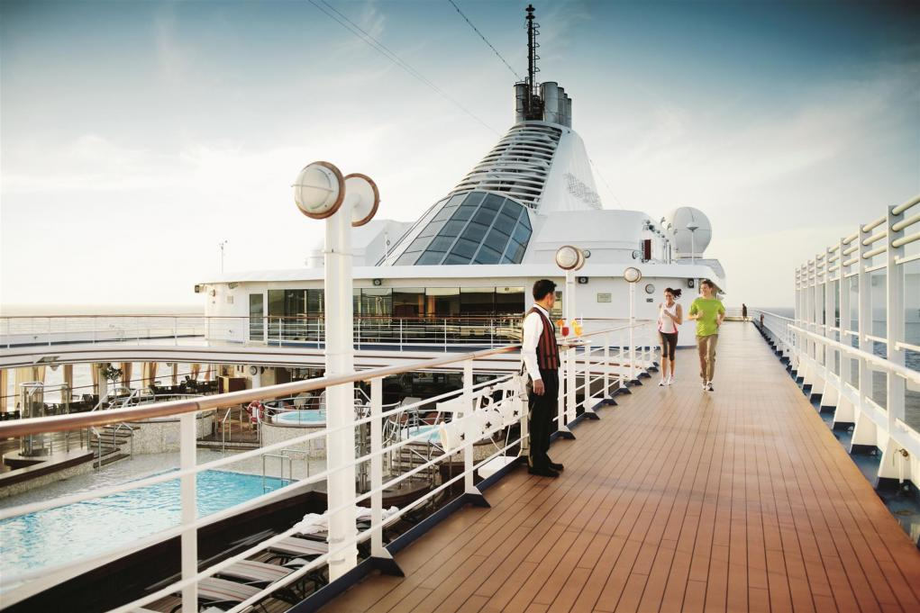 Voyages in April